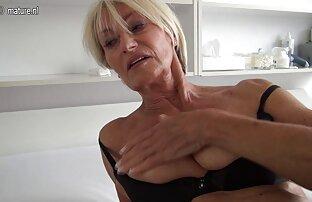 驚くべきtrannyは大きなペニスを吸う。 無料 女性 エッチ