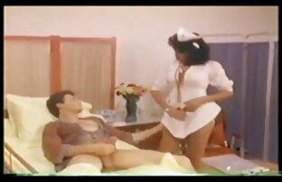 素人の茶色の髪のふしだらな女は巨大な死体に押しつぶされます。 女 h 動画 無料