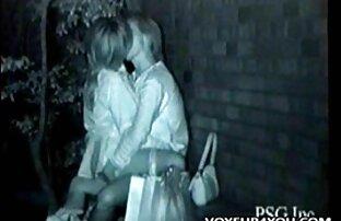 美しい女の子を抱きしめ、ピンクの猫で彼女を犯した 女性 が 見る 無料 エッチ 動画